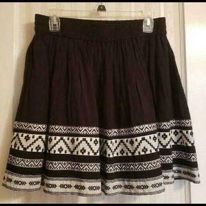 🌼3/$15 Sale🌼 Vince Camuto Skirt